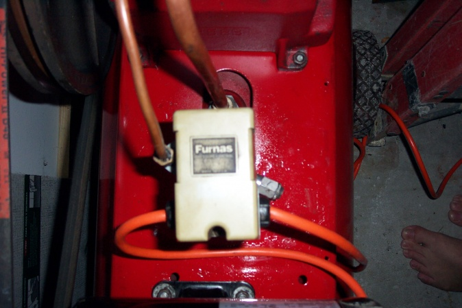 How can I install a power switch on my compressor?-dcp_2984.jpg