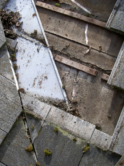 Tile roof/flashing question urgent-debris-trail.jpg