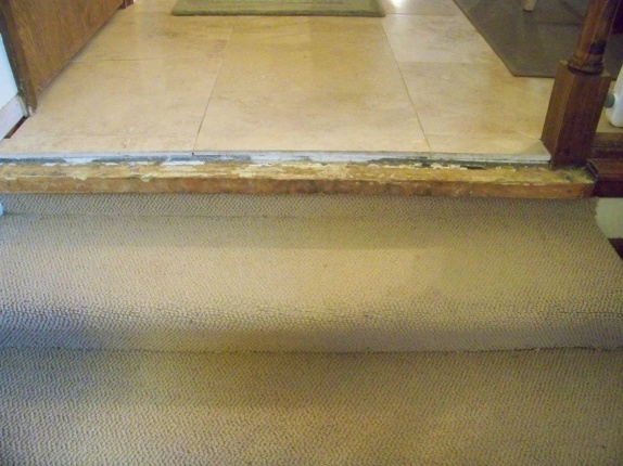 Travertine To Carpet Stair   Bullnose? Dec_2008 001