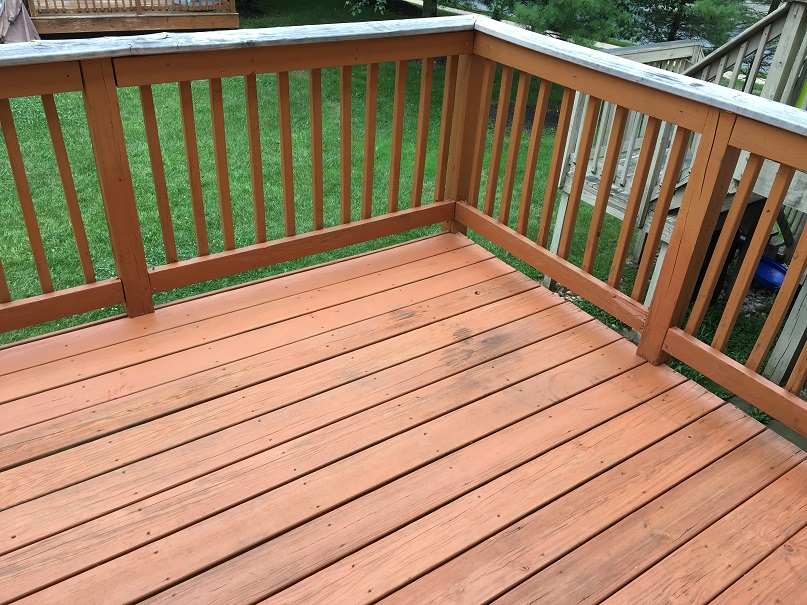 Sanding and paint VS Trex ... for old deck-deck-2.jpg