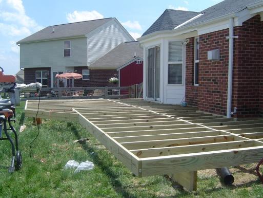 Deck Stairs-deck-2008-001.jpg