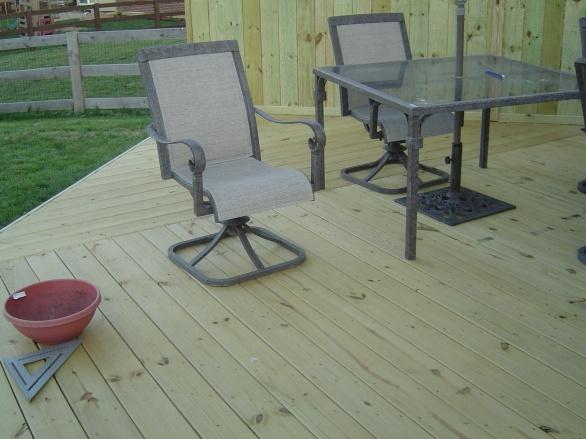 Deck Stairs-deck-2008-011.jpg