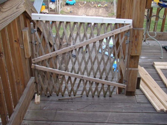 Post a Picture of Your Current Project!-deck-gate-old-one-re-sized.jpg