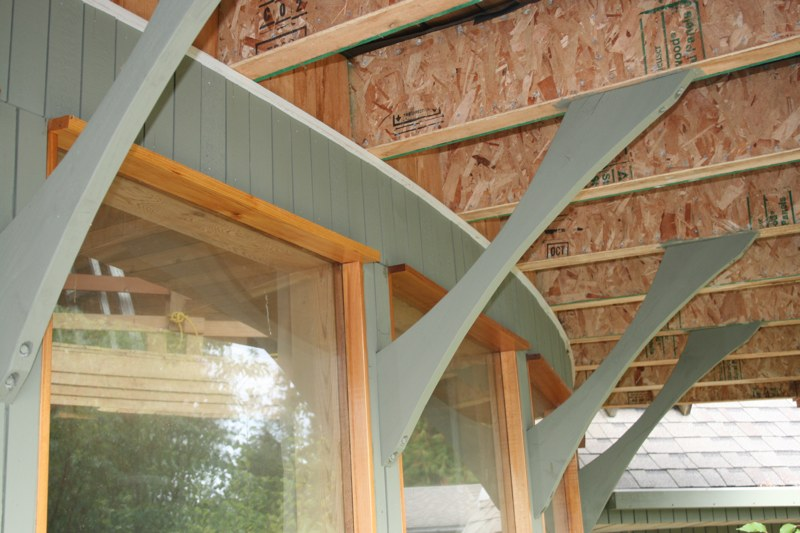 Gulf Island Building.-deck-supports.jpg