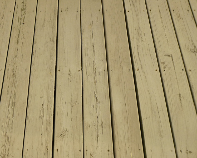 Re-painting a 9 year old wood deck-deck10.jpg
