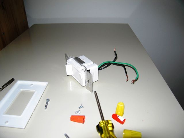 Dimmer Wiring In A Box With 3 Black And 3 White Wires And A Pink ...