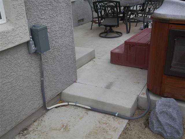 Hot tub breaker tripping-disconnecttotub.jpg
