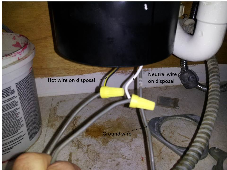 Not getting 120 volts from hot to neutral, but 120 from hot to ground-disposal.jpg