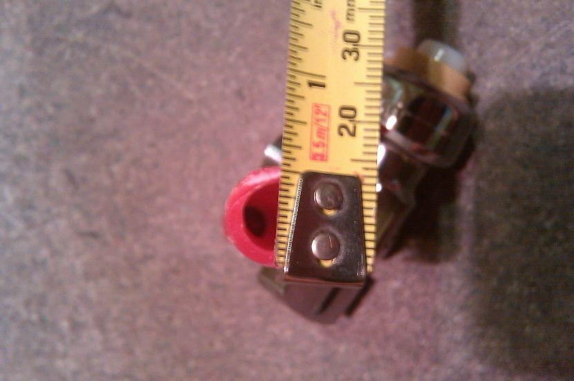 pex pipe installed behind drywall broke-doesntfit2.jpg