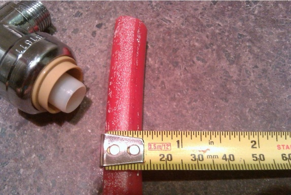pex pipe installed behind drywall broke-doesntfit3.jpg