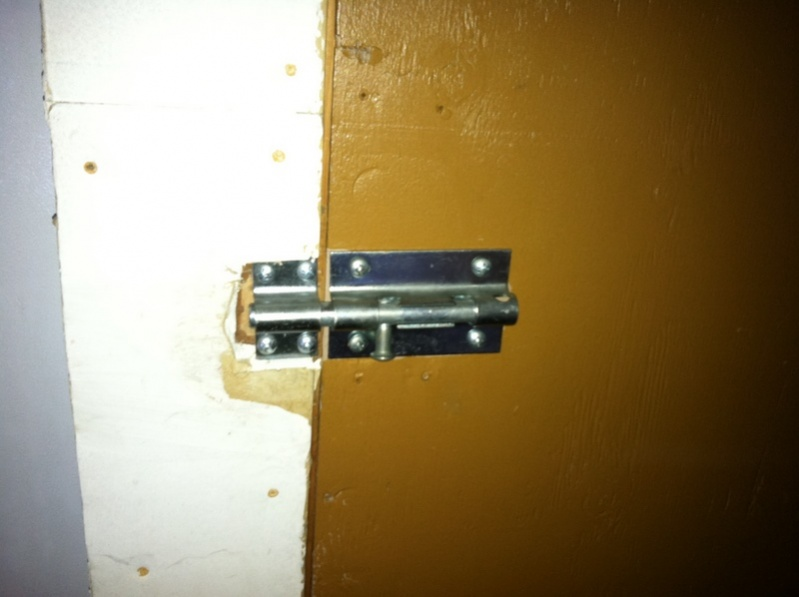 Ordinaire ... Need Help With Adding Lock To Storage Closet Door Current Latch ...