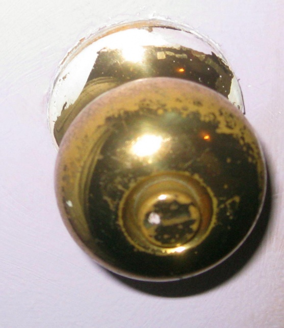 Remove An Old Door Knob With No Screws - General DIY Discussions ...