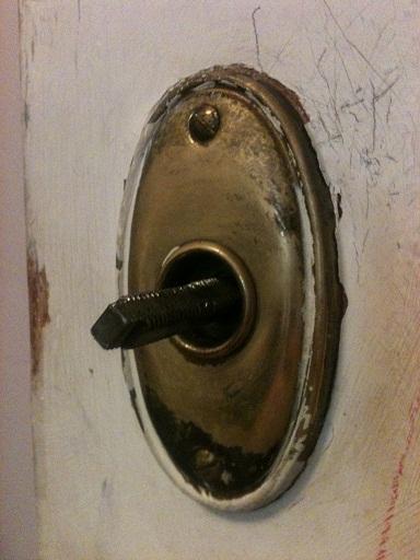 One side of doorknob won't turn?-doorknob3.jpg