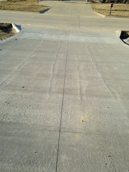 Newly Poured Driveway - Issue?-driveway.jpg