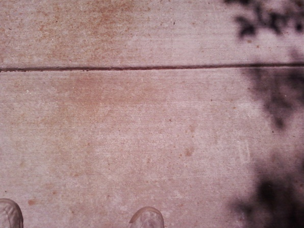 Rust colored stains appearing on new driveway-drivway-spots-003.jpg
