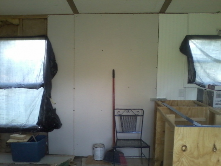 Complete Mobile Home Remodel-drywall-beside-kitchen.jpg