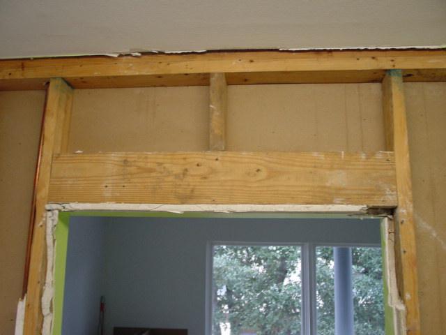 framing, expanding wall opening wall - load bearing?-dsc0008.jpg