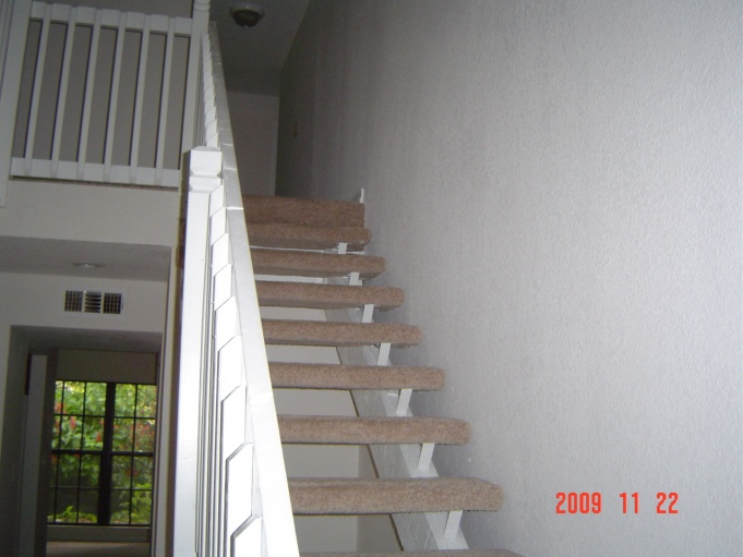 Possible to move a stairway ?-dsc00456.jpg
