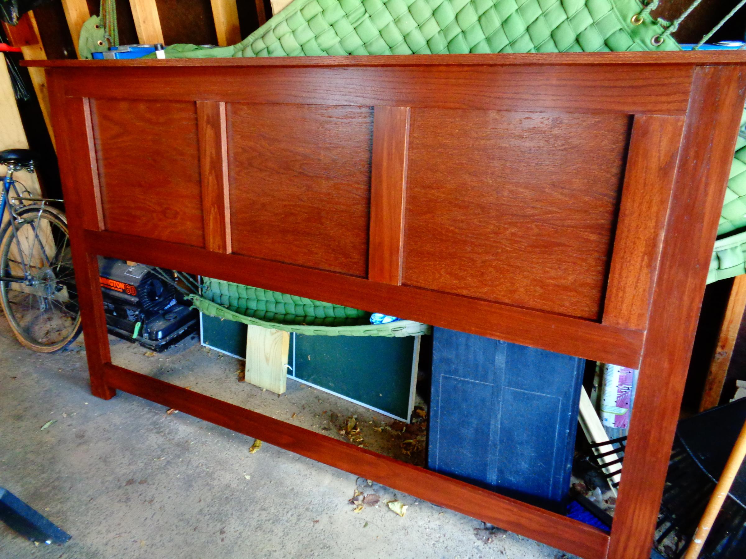 Oil or water based stain for cedar shelves?-dsc00581.jpg