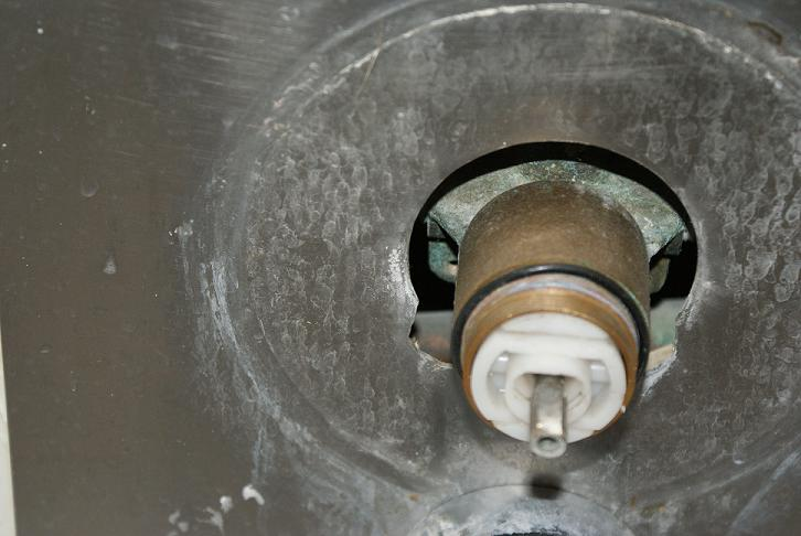 Shower Fixture-dsc00678.jpg