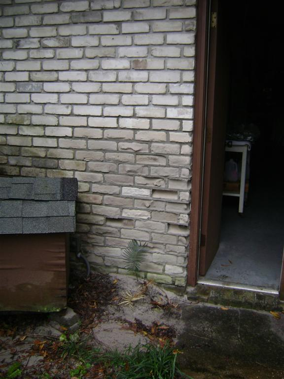 Eroding Bricks-dsc00926-large-.jpg