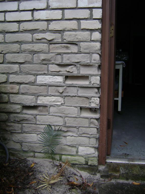 Eroding Bricks-dsc00927-large-.jpg