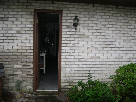 Eroding Bricks-dsc00933-large-.jpg