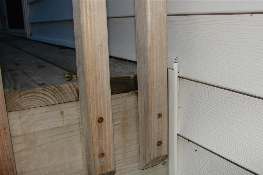Water leaking into basement through deck-dsc01127-large-.jpg