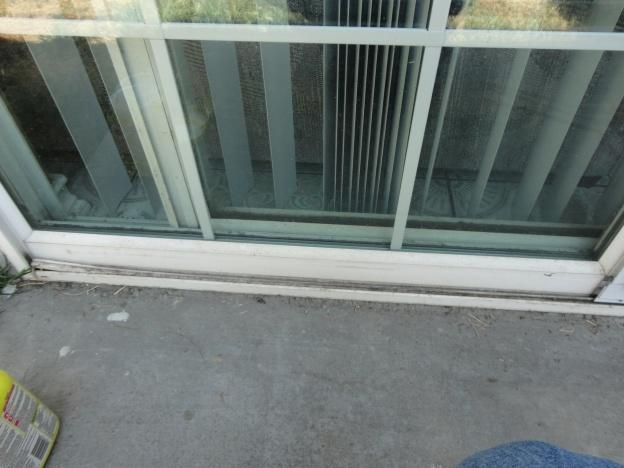 Replacement sliding screen door track?-dsc01132a.jpg
