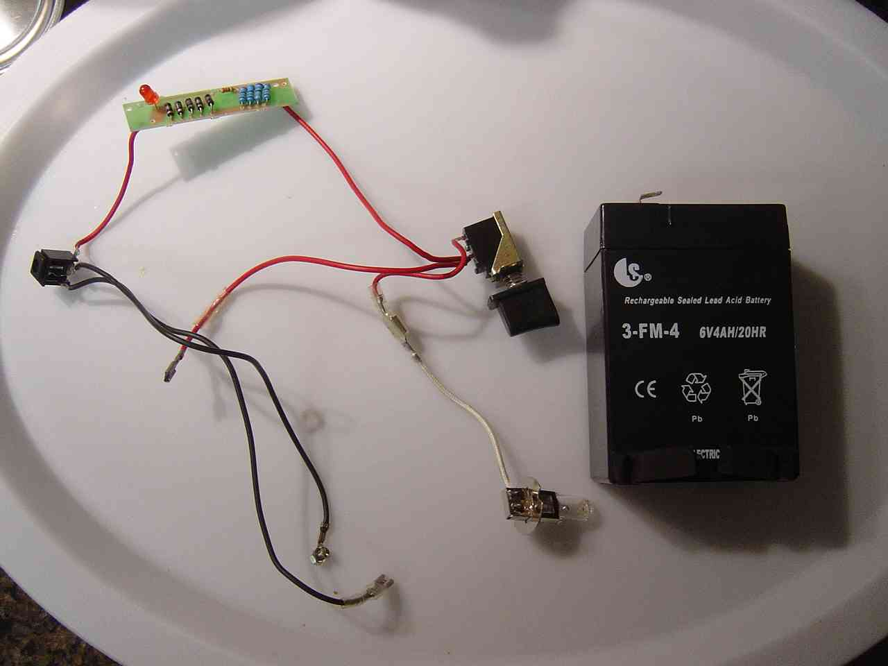 how to fix broken rechargeable spotlight electrical diy chatroom rh diychatroom com Handheld Spotlight Wiring-Diagram Handheld Spotlight Wiring-Diagram