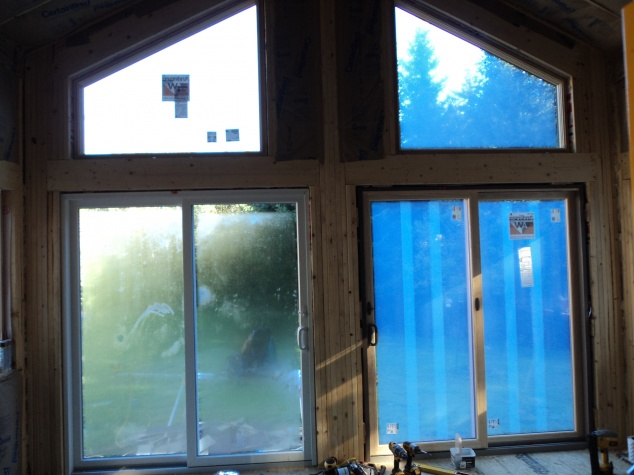 should this wood be insulated?-dsc01412.jpg