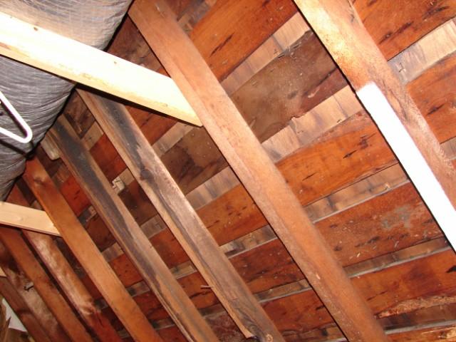 Insulating walkin attic-dsc01846-.jpg