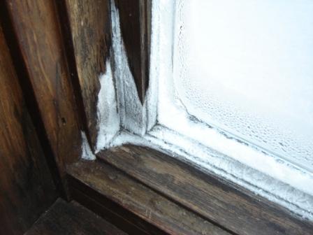 Condensation on Windows (PICS) - Advice Please-dsc02989.jpg