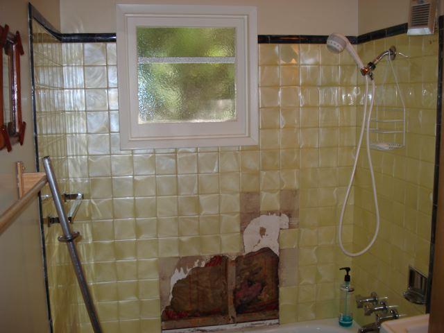Re-tiling a bathtub surround-dsc04256_2.jpg