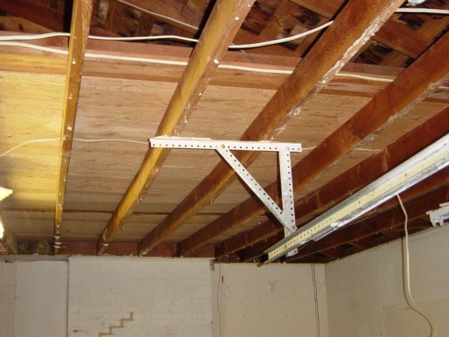 Replace or sister saging garage joists-dsc05244.jpg
