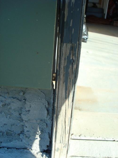 Gap Between Garage Door Frame and Foundation.-dsc05802.jpg