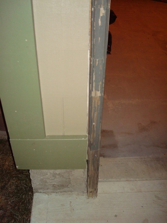 Gap Between Garage Door Frame and Foundation.-dsc05806.jpg