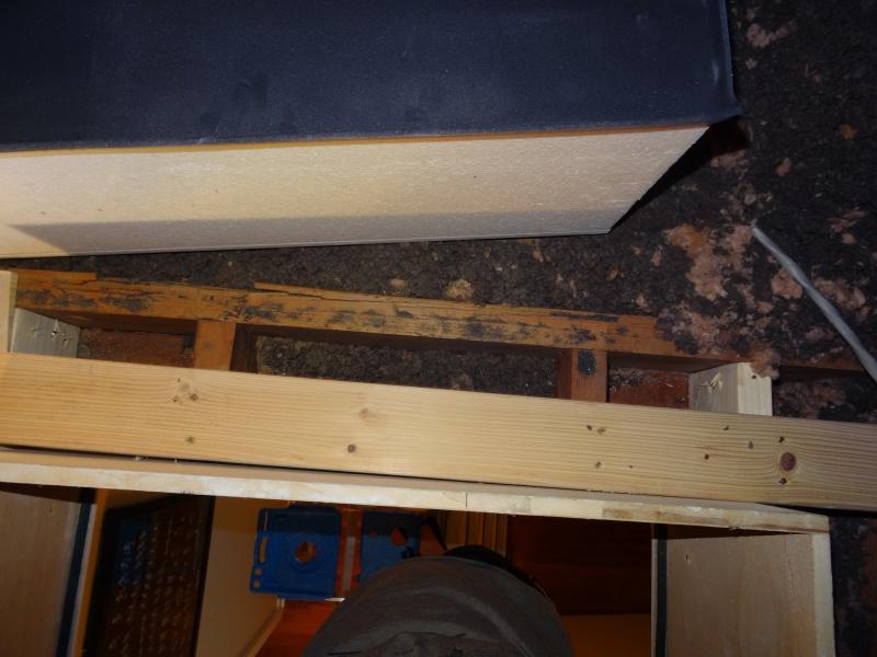 Sketchy looking attic hatch install - should I redo?-dsc05864.jpg