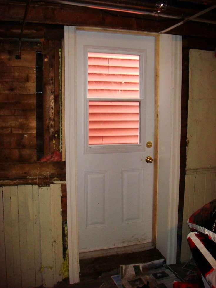 Outside joist removed for door-dsc09982.jpg