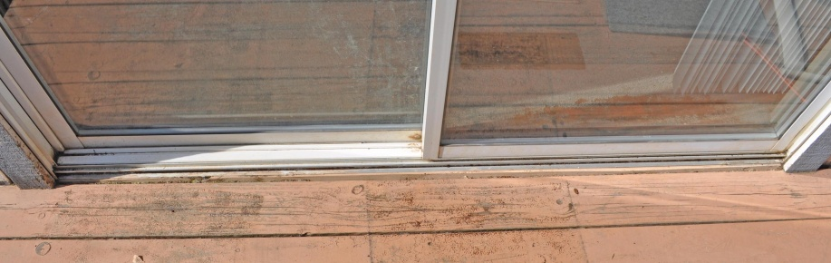 Suggestions/Advice on water into track of sliding glass door causing carpet damage-dsc_0002.jpg