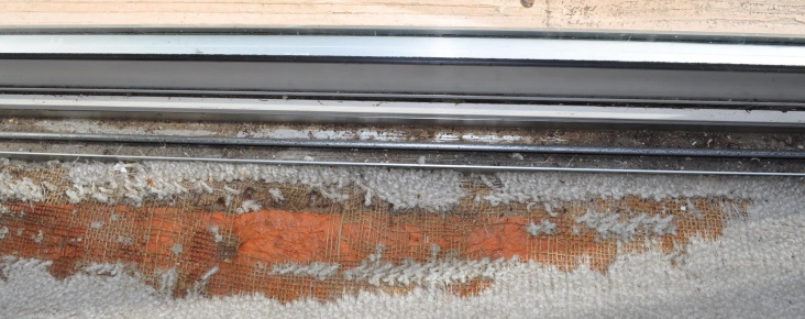 Suggestions/Advice on water into track of sliding glass door causing carpet damage-dsc_0004.jpg