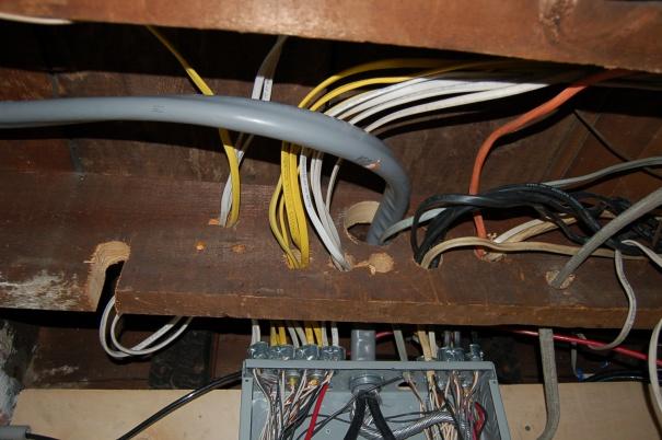 badly cut joist help!-dsc_0101.jpg