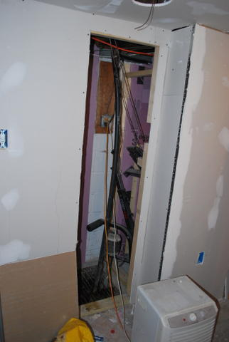 Drywalled basement, now seeing mold starting-dsc_0713.jpg
