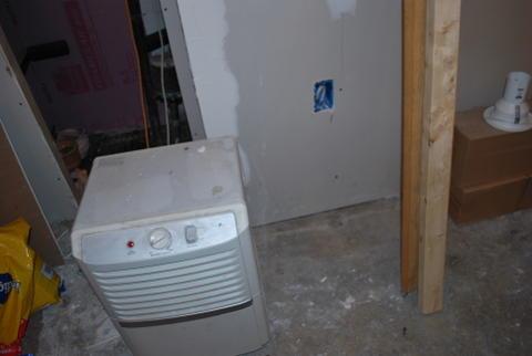 Drywalled basement, now seeing mold starting-dsc_0714.jpg