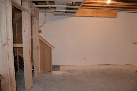 Good ... Hanging Drywall In Partially Finished Basement Dsc_0834 ...