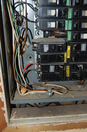 Entire Rewire or New Branch Circuits?-dsc_0864.jpg