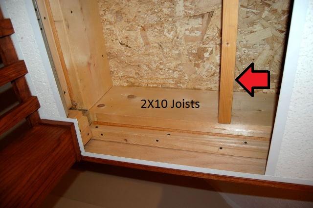 Missing joist hangers?-dsc_4945.jpg