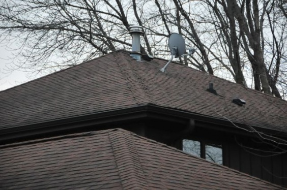 hip roof venting suggestions-dsc_8811.jpg