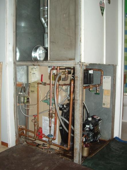Boiler Water Return Pipe & circulator-dscf0008.jpg