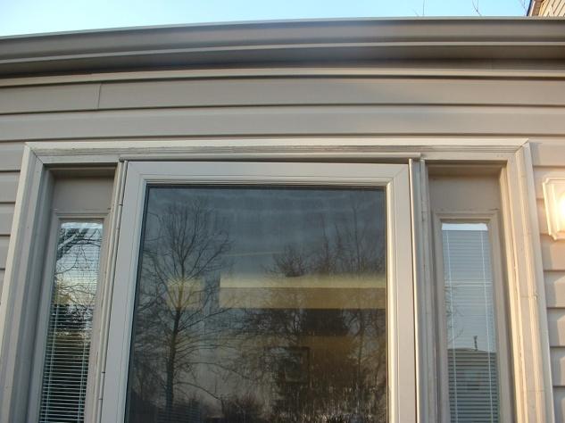 Realigning patio door and repairing screen-dscf0172.jpg